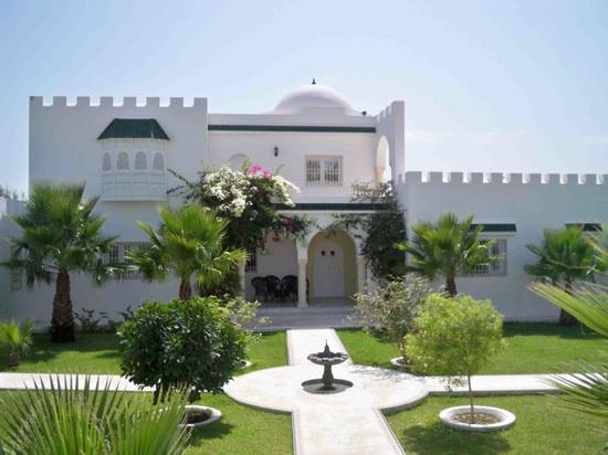 Exemple Facon De Entre Villa En Tunisie  Logement Tunisie  Les